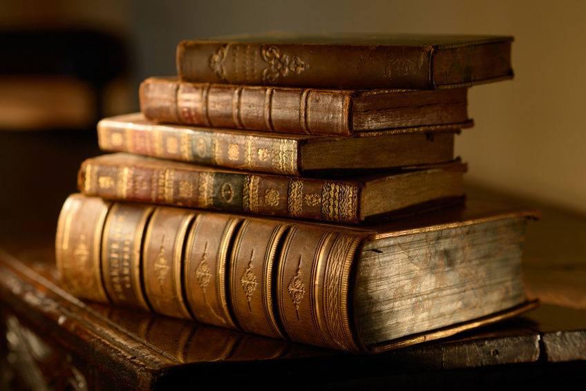 sách2